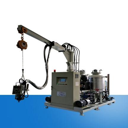 仿木聚氨酯发泡机