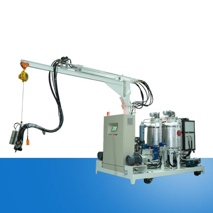 仿木聚氨酯高压发泡机设备