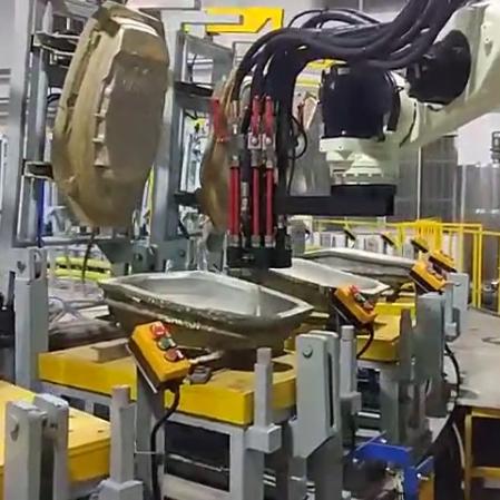 川崎机器人软泡坐垫自动灌注中